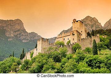 Avio Castello di Sabbionara 04