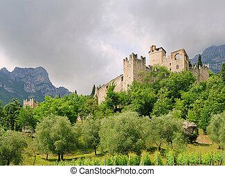 Avio Castello di Sabbionara 07