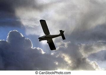 avion léger, nuages