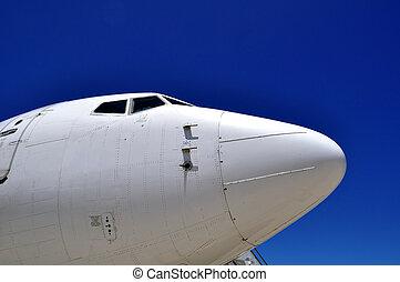 avion, nez