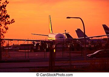 avions ligne, coucher soleil