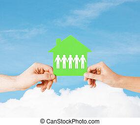 avis, hus, kvinde, mand, hænder