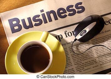 avis, skrivebord, mus, kaffe