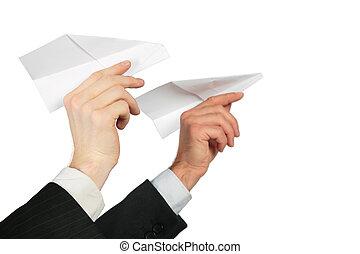 avis, to, flyvemaskine, hænder