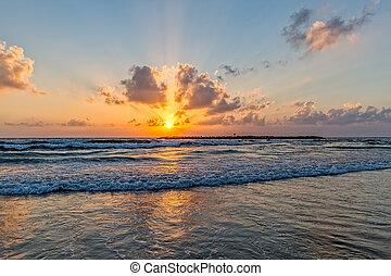 aviv , tel , παραλία , ηλιοβασίλεμα