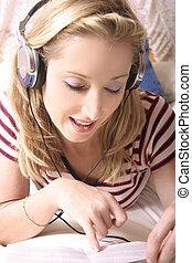 avlyssna musik