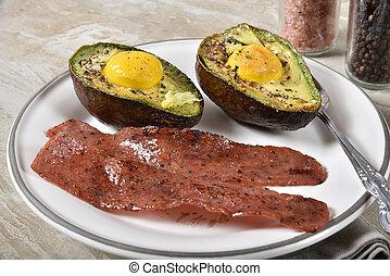 avocado, eitjes, spek, bakt