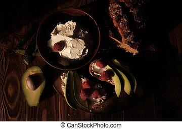 avocado, frambozen, hout, achtergrond, toosten, roomkaas, brood