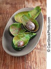 Avocado peelings and stones