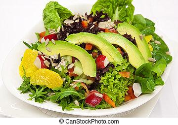 avocado salát