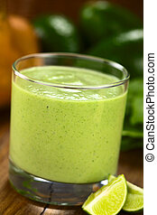 Avocado, Spinach and Pear Smoothie