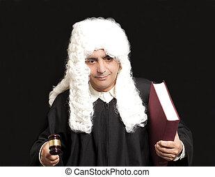 avocat, juge, livre, arrière-plan noir, tenue, marteau, portrait, mâle