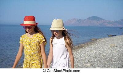 avoir, peu, plage, adorable, filles, amusement