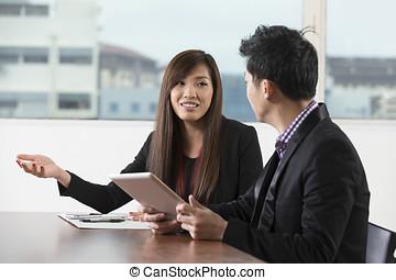 avoir, réunion, affaires asiatiques, équipe