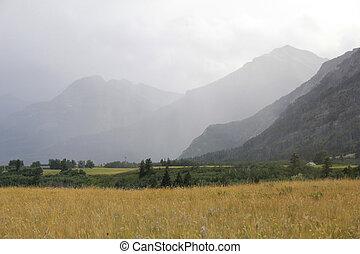 avvicinare, temporale, in, il, montagna rocciosa, foothills