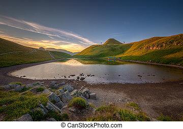 awakening to the mountain lake