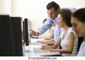 ayudar, mujer, sala de ordenadores, hombre