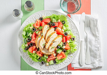 azeitonas, salada, saudável, galinha, caesar, tomates