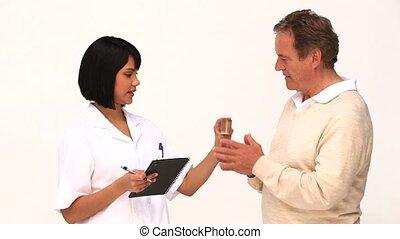 aziaat, verpleegkundige, klesten, met, haar, patien