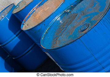 azul, aceite, barriles, (2)