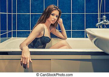 azul, banheiro, mulher, renda, sentando, parede, banho, cor, time., langerie, ladrilhado, frente, excitado, vista lateral