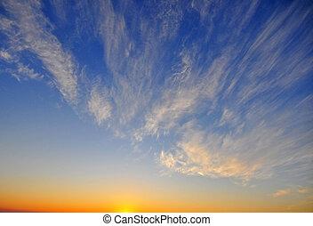 azul, cielo de puesta de sol