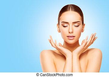 azul, cima, mulher, beleza natural, fazer, pele, produto, rosto, olhar, fundo, mãos, cuidado, modelo, ceda