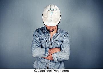 azul, cruzado, trabajador, brazos, cuello