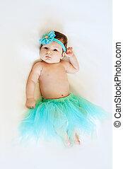 azul, cute, pequeno, saia, bebê, topo, princess., childhood., vista., menina, mentindo