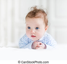 azul, engraçado, olhos, dela, barriga, bebê bonito, menina, tocando