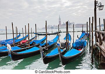 azul, góndolas, venecia, cubierta