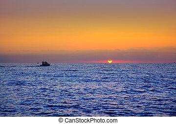 azul, mar, salida del sol, con, sol, en, horizonte