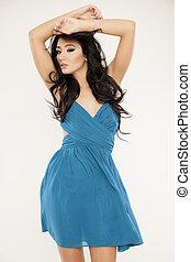 azul, mulher, adelgaçar, jovem, fundo, excitado, vestido ...