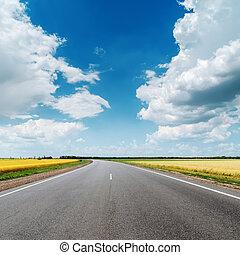 azul, nubes, asfalto, cielo, debajo, camino