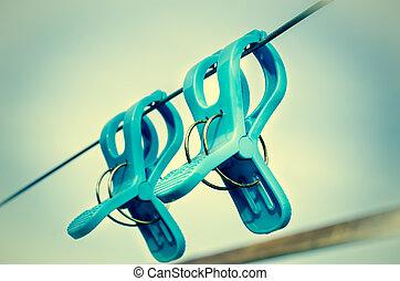 azul, plástico, clothespins