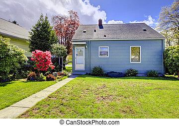 azul, primavera, backyard., casa, pequeño, paisaje