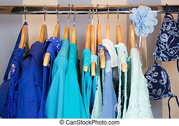 azul, vestindo, armário, roupas