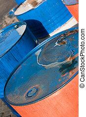 azul, y, naranja, aceite, barriles, (2)