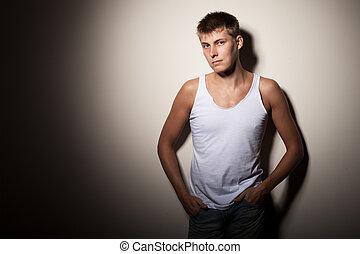 bájos, ember, fárasztó, póló, -, portré, képben látható, szürke, háttér.