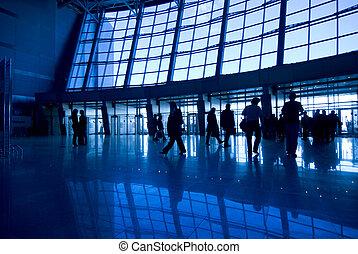 bâtiment, aéroport, silhouettes, gens