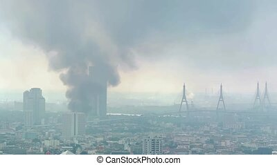 "bâtiment, bangkok, highrise, brûlé, verse, ""thick, fumée, thailand"""
