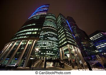 bâtiment, bureau, moderne, moscou, foreshortening, au-dessous, gratte-ciel, nuit