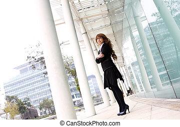 bâtiment, femme, bureau, business, asiatique, joli