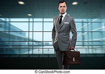 bâtiment, homme affaires, intérieur, moderne
