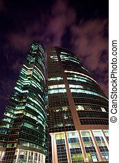 bâtiment, moderne, nuit, gratte-ciel, bureau