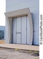 bâtiment, porte industrielle, maison, nouveau, articles, principal