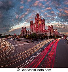 bâtiment, sept, kotelnicheskaya, soir, moscou, une, remblai, soeurs, moscou, russie