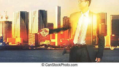 bâtiment, urbain, bureau, business, double, scène, homme, exposition