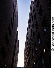 bâtiments, entre