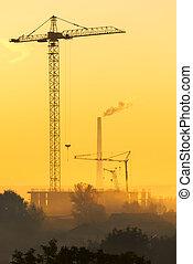 bâtiments, grues, sur, tôt, brumeux, nouveau, morning.